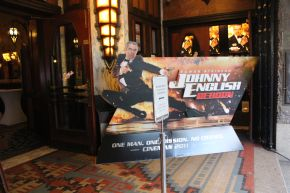 Johnny English overal